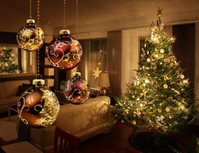 Weihnachtsbaum Dekoration