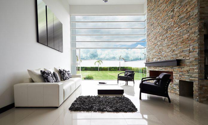 Natur im Wohnzimmer - Wandgestaltung Stein