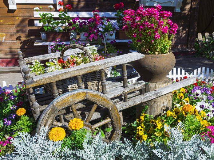 Gartendekoration heuwagen ratgeber haus garten - Ratgeber haus garten ...