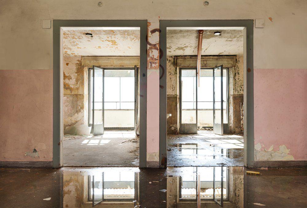 ratgeber wasserschaden im haus ratgeber haus garten. Black Bedroom Furniture Sets. Home Design Ideas