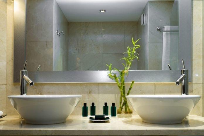 Badezimmerspiegel Das Sollten Sie Beachten Ratgeber Haus Garten