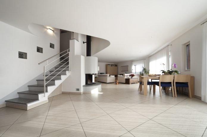 Bodenfliesen streichen & renovieren · Ratgeber Haus & Garten