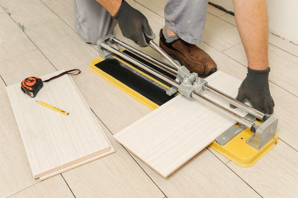 Fußboden Fliesen Selber Verlegen ~ Bodenfliesen verlegen u2013 so geht es · ratgeber haus & garten