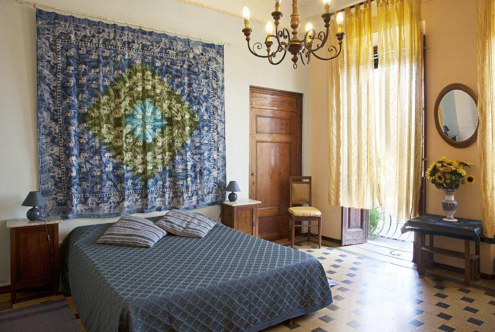 italienisch einrichten ratgeber haus garten. Black Bedroom Furniture Sets. Home Design Ideas