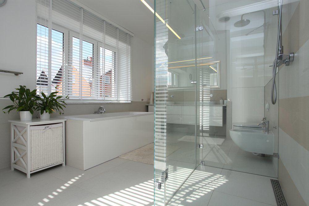 Glas im badezimmer ratgeber haus garten - Glas im badezimmer ...