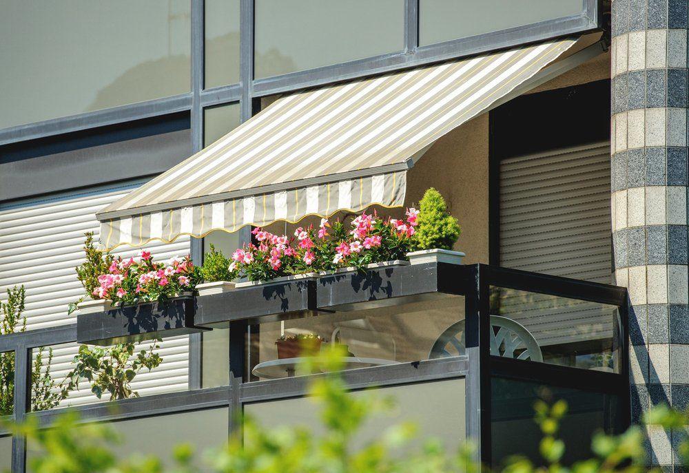 Sonnenschutz Markise Auf Balkon Und Terrasse Ratgeber Haus Garten