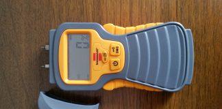 Feuchtigkeistmessgerät zum Messen von Feuchtigkeit in Wänden und Holz
