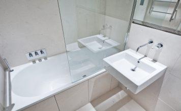 Ratgeber Duschwand für die Badewanne auch als Duschtrennwand bezeichnet