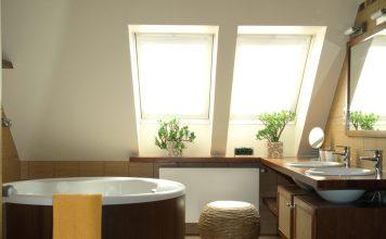 Badsanierung Badezimmer mit Dachschräge
