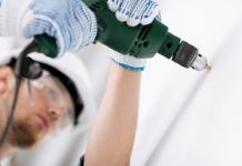 Bohrloch Füllen & Reparieren - Von Fertigspachtel bis Flüssigdübel